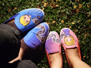 couple_shoes_by_chattai-d4qw8go